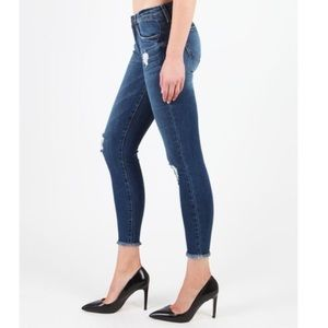 STS Blue SZ32 Emma Ankle Skinny Distressed Jeans